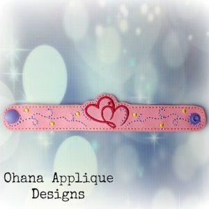 Heart Bracelet / Wristlet