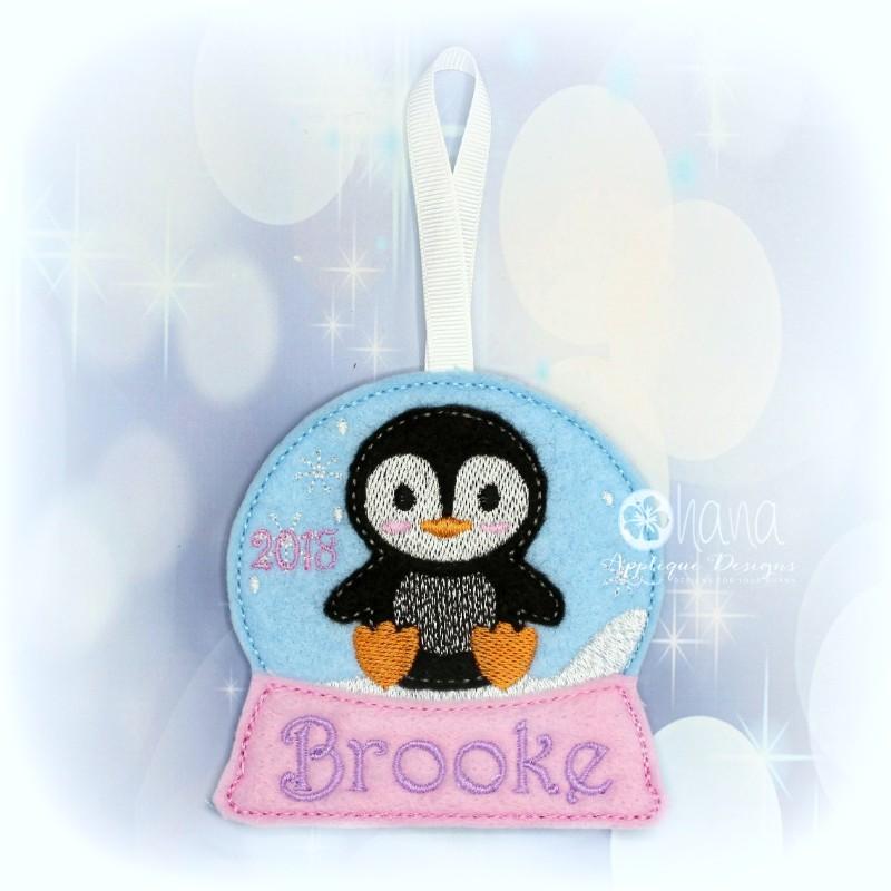 Christmas Globe penguin72
